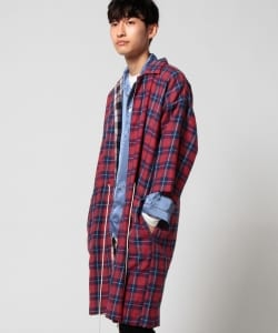 VAPORIZE / Reversible check gown