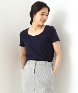 three dots / CLASSIC UネックTシャツ