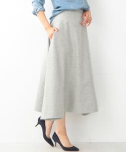 MADISONBLUE / WOOL MI-MOLLET FLAIR SKIRT