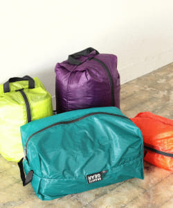GRANITE GEAR / AIR ZIPSACK M(16L)