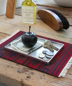 DETAIL INC. / Marble Apple Small
