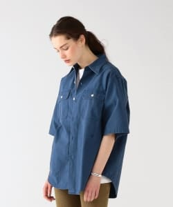MADISONBLUE / Shortsleeve Back Satin Shirt