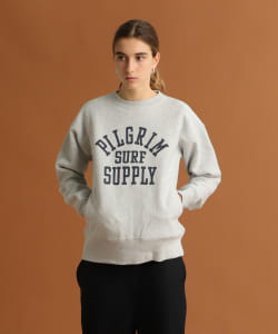 <WOMEN>Champion × Pilgrim Surf+Supply / Printed Reverse Weave Crew Neck Sweat