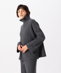 【タイムセール対象品】Pilgrim Surf+Supply / Lilly Rib Funnel Neck Sweater