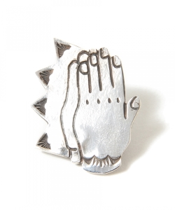 Munqa / NEWTIVE Badge PrayHand