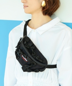 BEAMS COUTURE × EASTPAK / リボンまみれのウエストバッグ