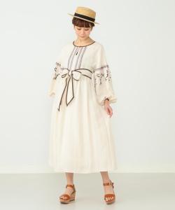 CAROLINA GLASER / 刺繍 ロングワンピース