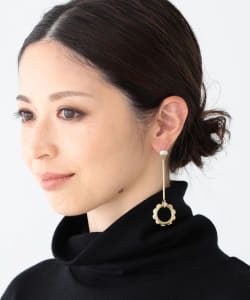 MARIA BLACK / POPPY DANGLE  ピアス