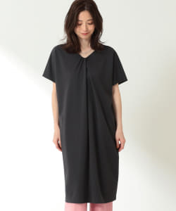 Demi-Luxe BEAMS / Vネック ワンピース